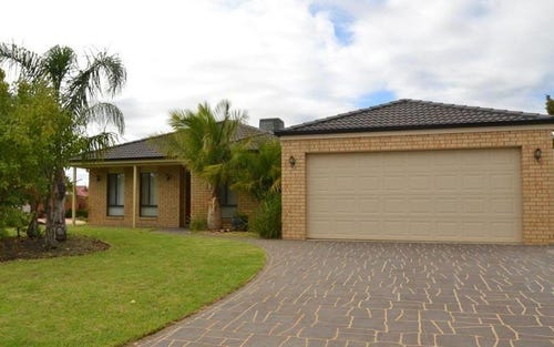 5 Kingfisher Drive West, Moama NSW 2731