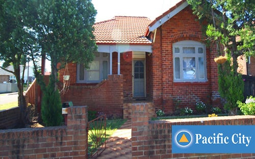 77 Blaxcell St, Granville NSW 2142