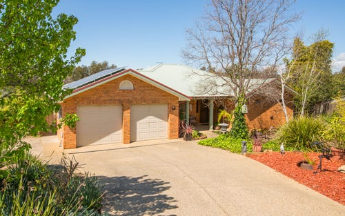4 Talbot Place, Tatton NSW 2650