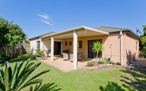32 Oceania Court, Yamba NSW 2464