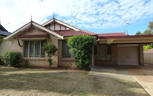 35 Oriole Street, Glenmore Park NSW