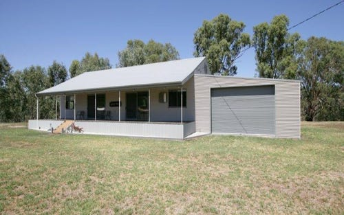 1 Short St, Oura NSW 2650