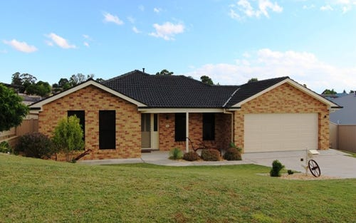 10 Arnold Court, Kelso NSW 2795