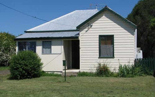 8 Fern Street, Quirindi NSW 2343