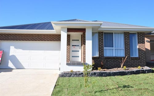 9 Glasson Dr, Bletchington NSW 2800