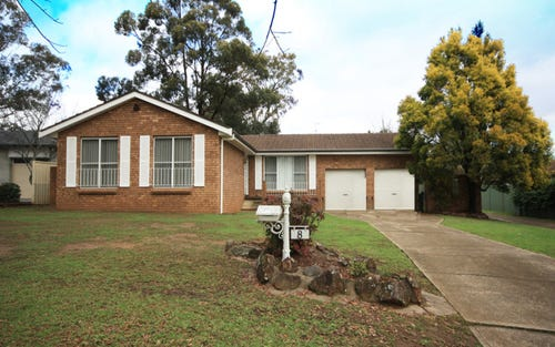 8 Furner Ave, Camden South NSW 2570