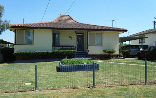 42 Adina Crescent, Glenroi NSW 2800