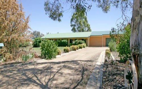 5 Elm Road, Lake Albert NSW 2650