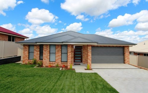 17 Redding Drive, Kelso NSW 2795