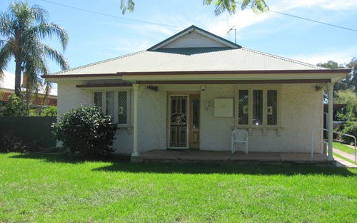 38 Close Street, Parkes NSW 2870