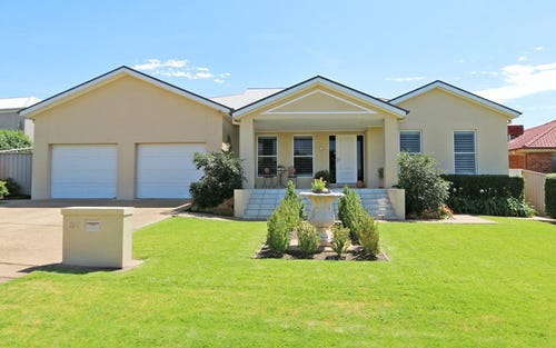 82 Atherton Crescent, Tatton NSW 2650