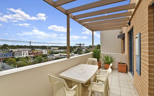 top floor/2 amy street, Regents Park NSW 2143