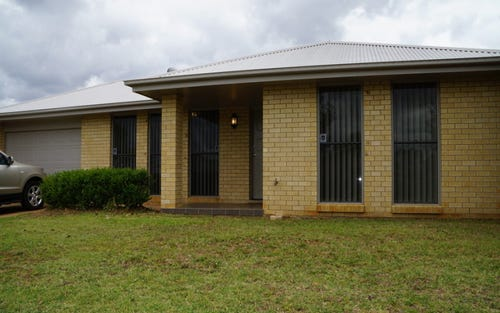 23B Dunheved Circle, Dubbo NSW