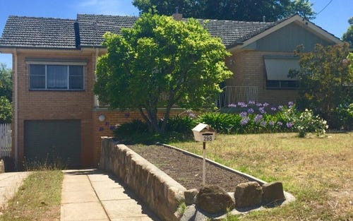 298 Highview Crescent, Lavington NSW