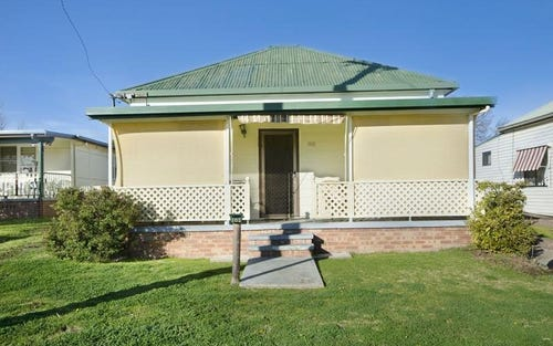 102 Henry Street, Werris Creek NSW 2341