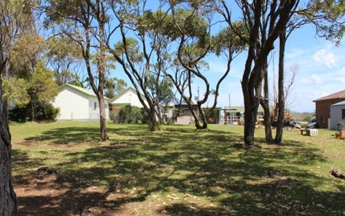 Address available on request, Manyana NSW 2539