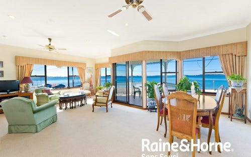 5 Carruthers Drive, Dolls Point NSW
