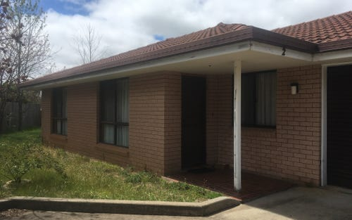 2/15 Sarah Place, Armidale NSW 2350