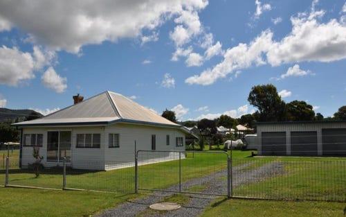 76 Pelham Street, Tenterfield NSW 2372