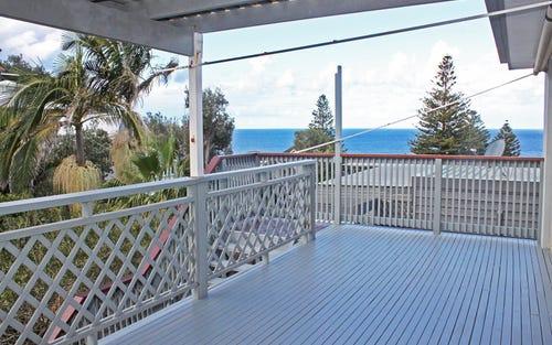 15 Henrys Road, Forresters Beach NSW