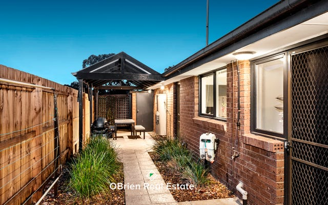 10/163 Centre Dandenong Road
