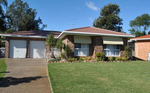8 Guy Place, Tuncurry NSW