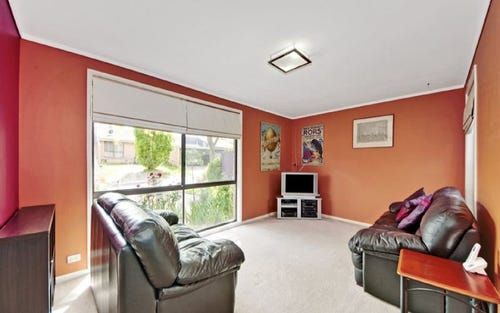 2 Rumker Place, Charnwood ACT