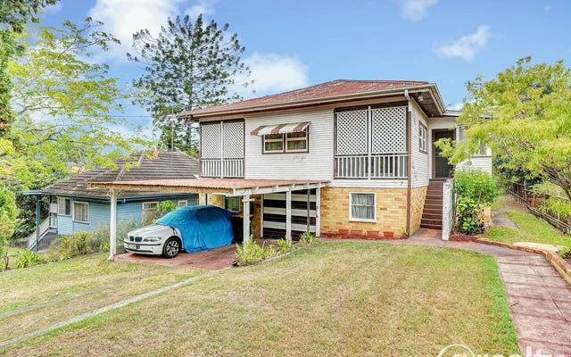 7 Darcy Road, Norman Park QLD 4170