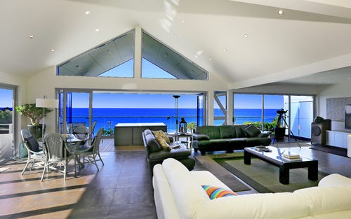 2/4 Emerald Av, Sapphire Beach NSW 2450