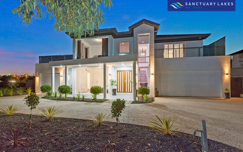 7 Spinnaker Rise, Sanctuary Lakes VIC 3030