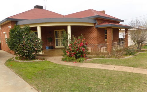 6 Weston Street, Parkes NSW 2870