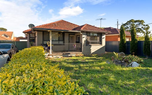 13 Beaconsfield St, Revesby NSW 2212