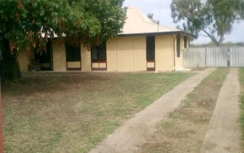 11 Dingwall Place, Moree NSW
