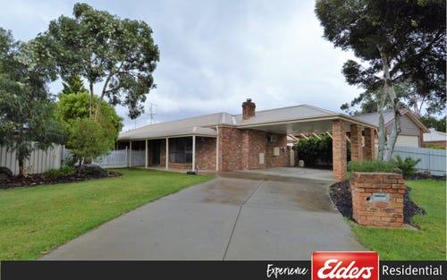 20 Lawson Drive, Moama NSW