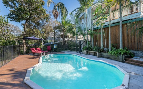 39 Lewis St, Camp Hill QLD 4152