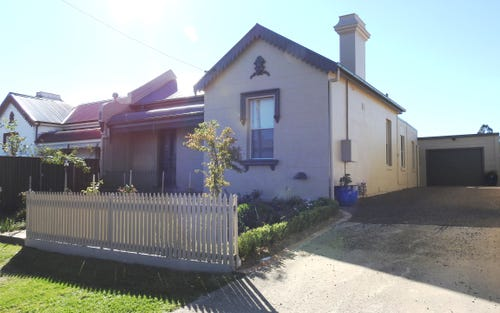 153 Nasmyth Street, Young NSW