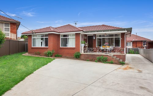 5 Croft Av, Merrylands NSW 2160