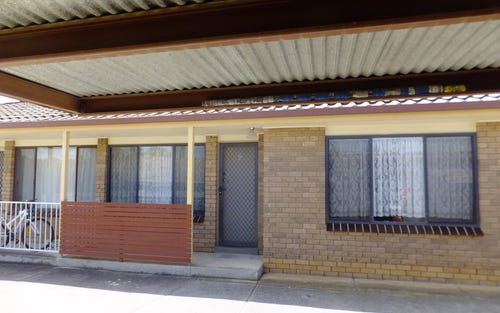 2/406 Schubach Street, Albury NSW