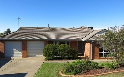 2 Minya Place, Glenfield Park NSW