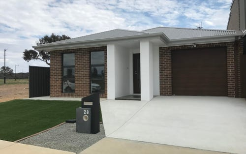 Address available on request, Throsby ACT 2914