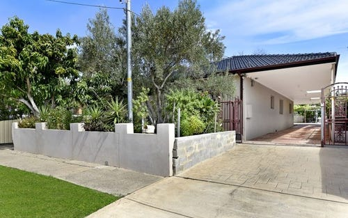 4 Patten Av, Merrylands NSW 2160