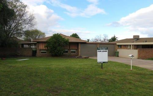 90 Undurra Drive, Glenfield Park NSW