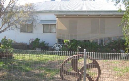 18 Collin Street, Eumungerie NSW 2831