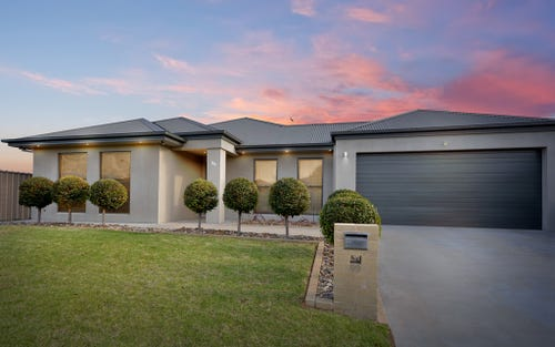 99 Hillam Dr, Griffith NSW 2680