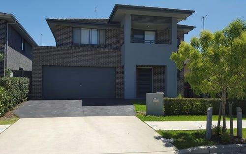 19 Loch Avenue, Glenmore Park NSW