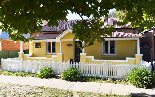 142 Seymour Street, Bathurst NSW