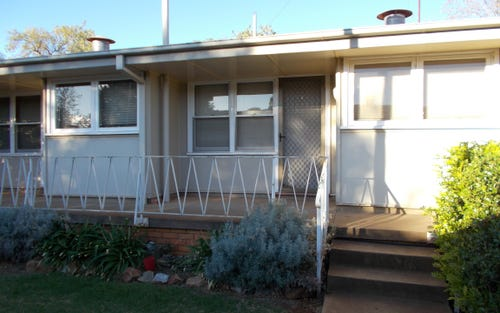 4/12 Gallop Avenue, Parkes NSW