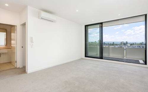702/101A Lord Sheffield Circuit, Penrith NSW