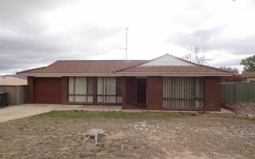 7 JAMISON PLACE, Bathurst NSW