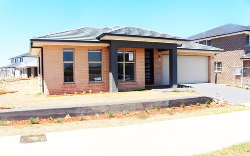 84 Lowndes Drv, Oran Park NSW